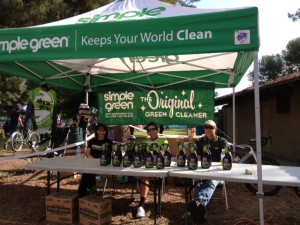 Bob, Cameron, and Fiona promoting Simple Green at the Race